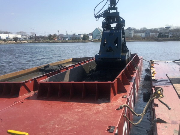 Poseidon P2 40x10x7 Hopper Barges